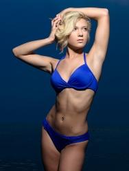 carrie-ellis-beach-portrait-mark-knopp 9