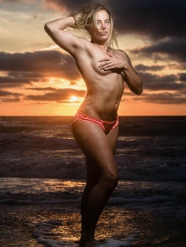 eileen-virginia-beach-sunrise-fitness-session 10