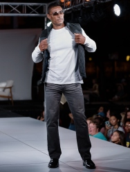 virginia-beach-town-center-fashion-show 10