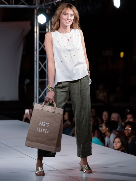 virginia-beach-town-center-fashion-show 11