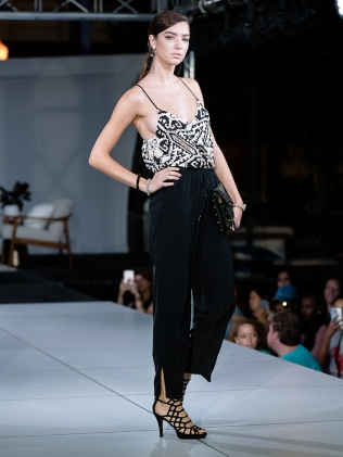 virginia-beach-town-center-fashion-show 2