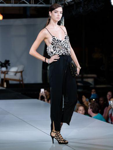 virginia-beach-town-center-fashion-show 2