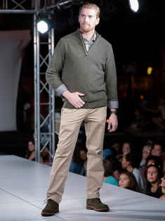 virginia-beach-town-center-fashion-show 9