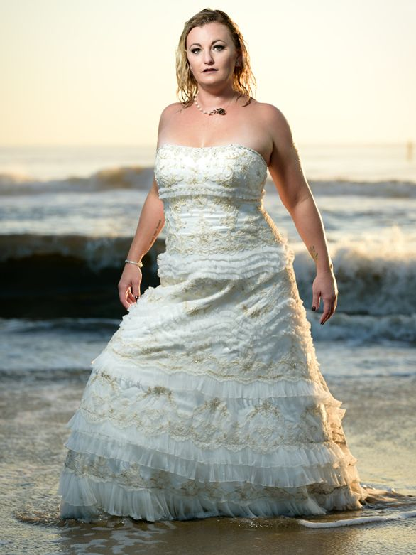 erins-trash-the-dress-virginia-beach 11