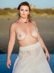 erins-trash-the-dress-virginia-beach-PHOTO 19
