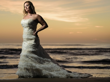 erins-trash-the-dress-virginia-beach-PHOTO 4