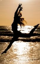 maddie-meyers-beach-sunrise-portrait 1