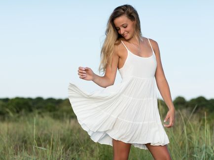 madison kirby virginia beach portrait session photo 2