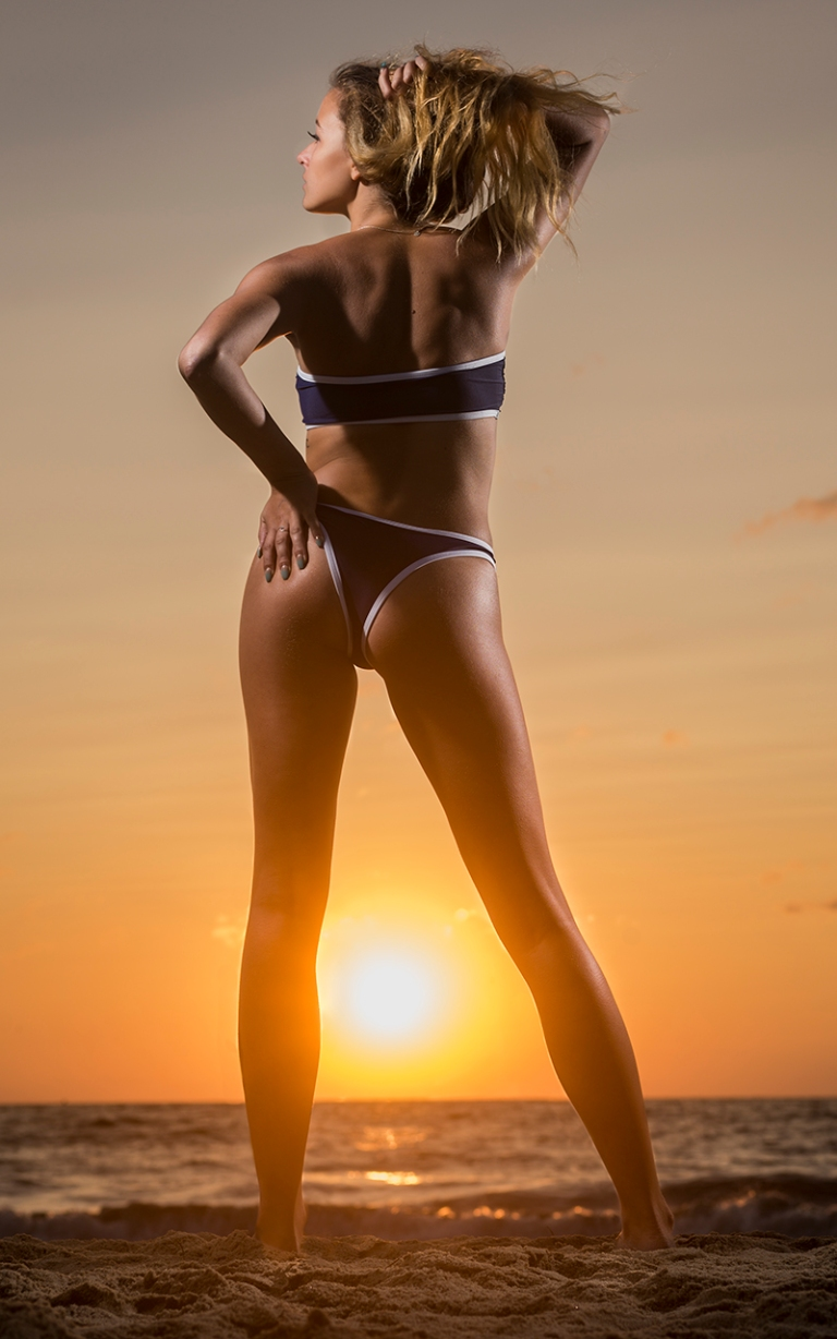 maddie-meyers-beach-sunrise-portrait 5