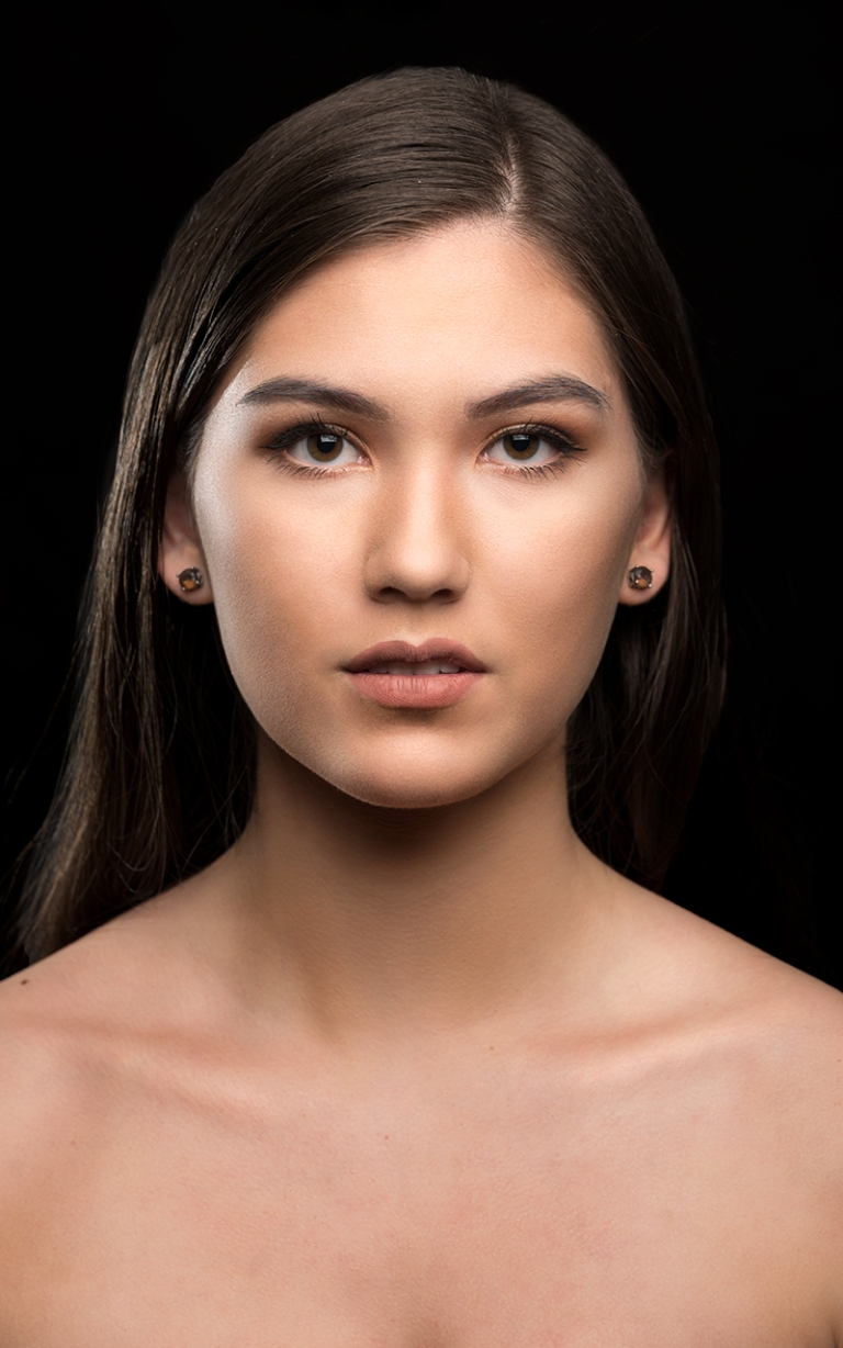 Easton-Nguyen-studio-portrait 1