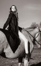 Louise Murray fashion portrait 10