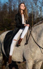 Louise Murray fashion portrait 11