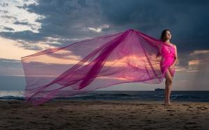 jinelle-oceanfront-sunrise-portrait-photo 3